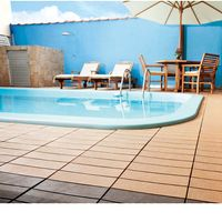 Deck-sustentavel-de-WPC-30x30cm-liso-ipe-Massol
